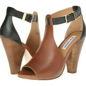 Steve Madden Women Alycce Heels Size 8M Leather
